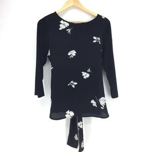 Vince Camuto Black Floral Tie Front Top NWT